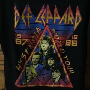 OFFICIALS DEF LEPPARD T-SHIRT
